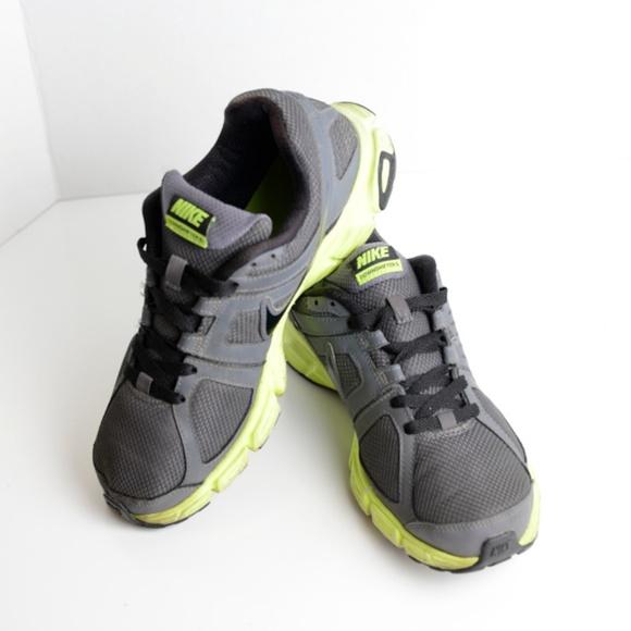 ccf1c4b8616e Nike Men s Downshifter 5 Running Shoe SZ 10. M 5b7c109efe5151f4ecd614d9